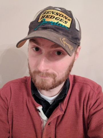 Me wearing my Damon Hill baseball cap