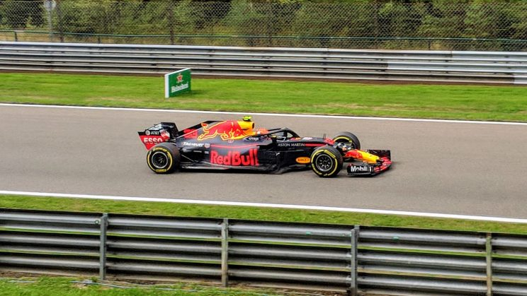 Max Verstappen heading towards Pouhon