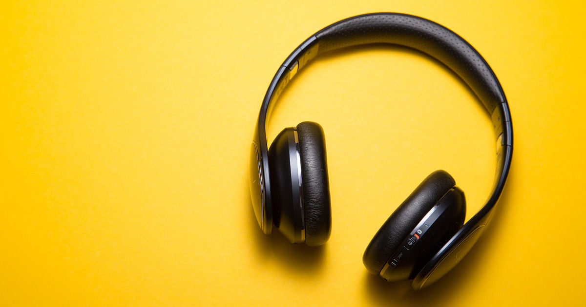 Headphones (photo by Malte Wingen on Unsplash)